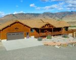 Gorgeous home in the heart of the Wapiti Valley
