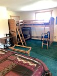 Bunkhouse with 3 twin beds