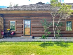 Shoshone River Retreat at Wapiti
