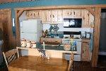 Stargazer Bunkhouse Kitchen